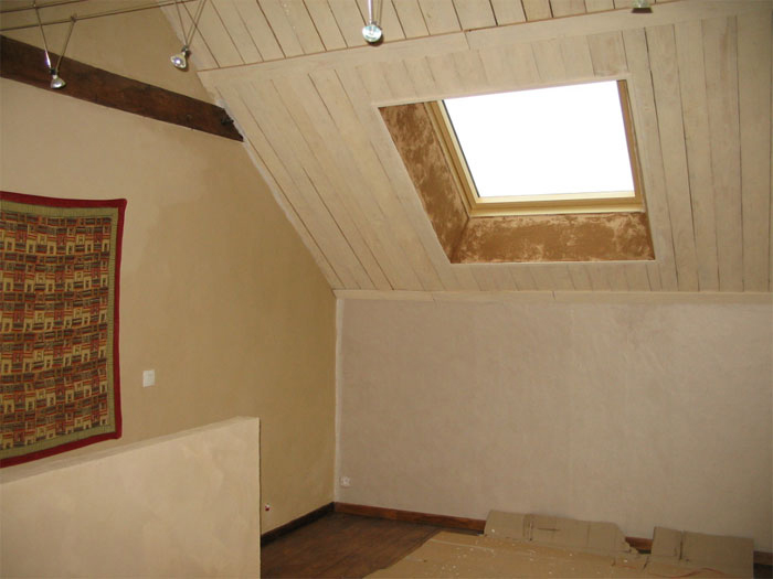 Reloocking et pose d 39 un velux for Pose de fenetre de toit