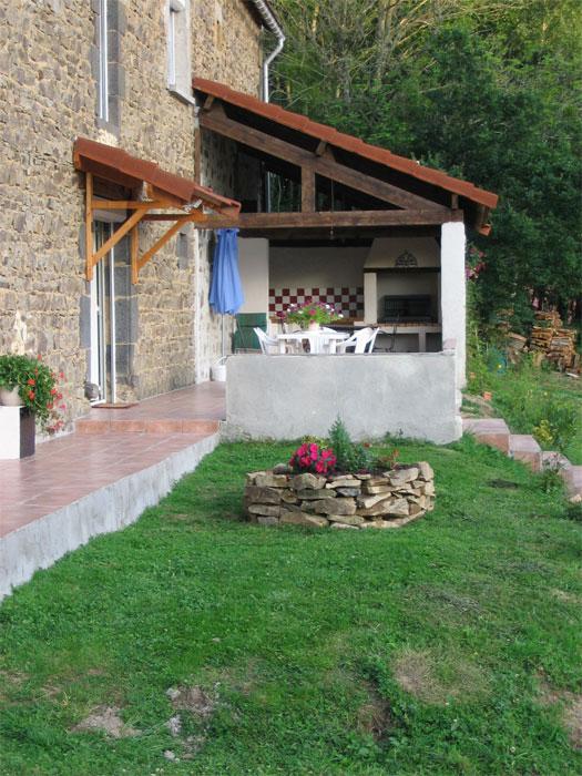 Finitions de la terrasse et des abords - Jardiniere etroite ...