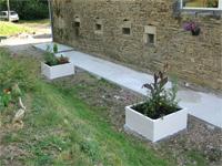 Finitions de la terrasse et des abords - Jardiniere en parpaing ...
