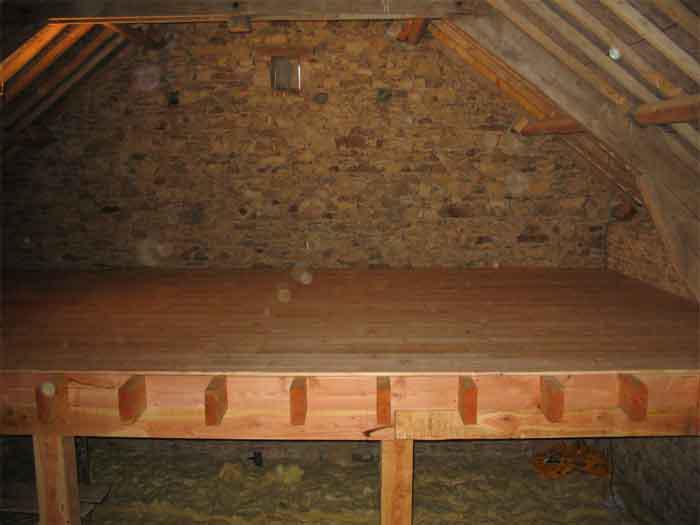 Plancher mezzanine bois - Construire un plancher bois ...