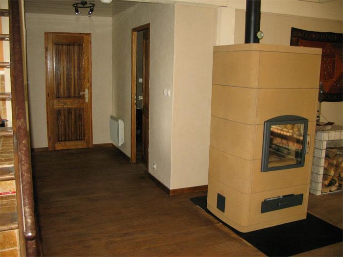 chauffage granul s et poele de masse. Black Bedroom Furniture Sets. Home Design Ideas