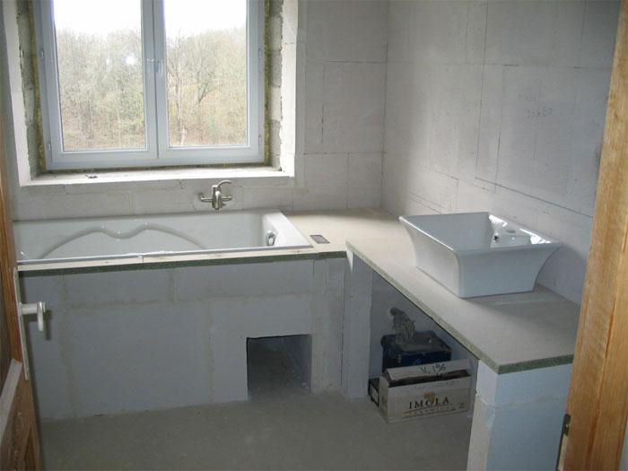 R novation et transformation d 39 une grange - Monter une baignoire ...